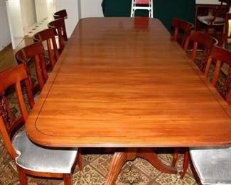 """6' w/2 21"""" Leaves Dining Room Table Seats 12"""