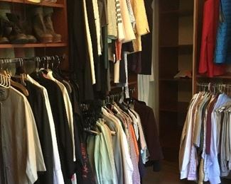 Beautiful high end designer women's clothing in small sizes. Armani, Valentino, Dorthee Schumacher, Vince and more..