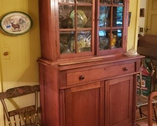 Beautiful cherry cupboard with door below, and glass above, 19th cent.; pair of Hitchcock chairs