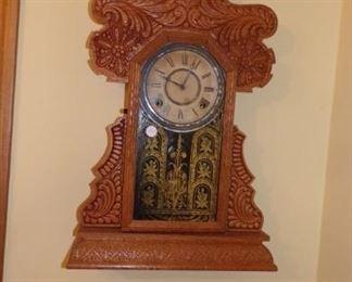 vintage Mantel/ Wall Hanging Clock