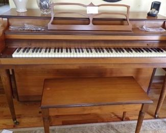 beautiful Piano needing a new Home -( do you have a youngster wanting to learn the Piano? here's your opportunity to afford to let them)