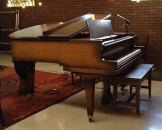 Great sounding baby grande piano