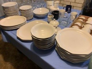 Home trends traditional ceramic dinner set