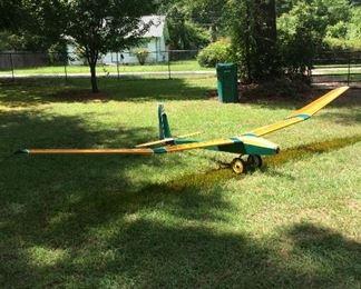 Custom built airplane, capable of flying w/ 18' wing span.