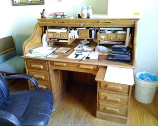 """Oak Crest"" solid wood roll-top desk, very good condition, 1970s"