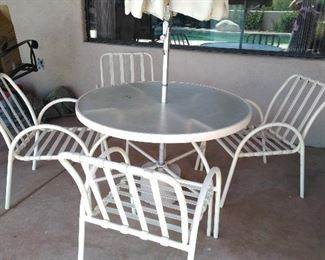 Patio set w/4 chairs & umbrella - just spray-painted)