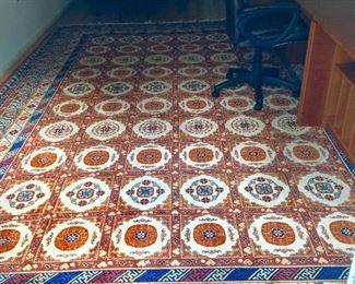 Gorgeous 10 x 15 Persian Rug