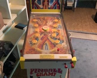 Vintage Pinball Champ Pinball Machine.  Works Perfectly