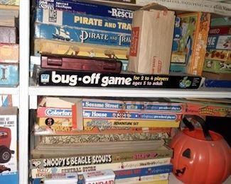Vintage games & puzzles