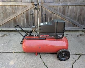 Craftsman 4 horse 15 gallon compressor