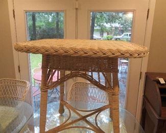Sun Room-Wicker Furniture