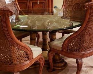 dinett table