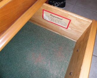 Lower Drawer for extra storage