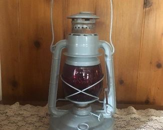 Dietz  Little giant  lantern