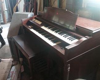 Organ (Make Offer)
