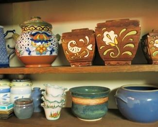 Misc. porcelain/pottery items/planters, etc.