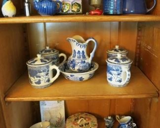 Transferware, collectible glass and porcelain items