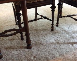 Detail on dining table & chairs