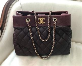 Stunning Chanel Shopper Bordeaux/Ox Blood Two Tone Color. Gold hardware