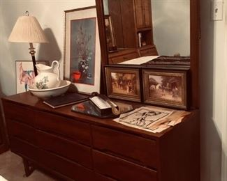 Stanley Mid Century Modern Dresser Drawers with Mirror SGA001 Local Pickup https://www.ebay.com/itm/113777012356