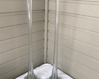 Elongated vases