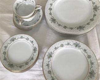 Noritake china (4) (one teacup missing)