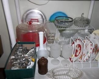 vintage cookie cutters and kitchen wares