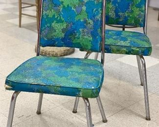 The world is yours MCM pair of dining room chairs