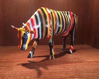Cow Parade 1 Yr. 2000 Celebr$49.00 On Amaz. Est Sle Price $40.00