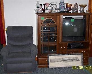 La-Z-Boy recliner, entertainment center w / more stereo equipment