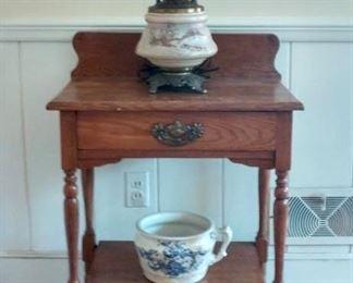 Single-drawer Wash Stand