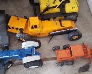 Newer style tractors and toys - more to be found