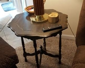 Walnut parlor table, probably 1940s, lamp