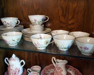 Tea cups, dish sets