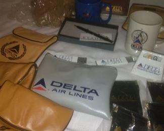 Vintage Delta Airline Accessories