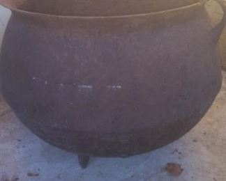 Vintage  Large Metal  Cauldron