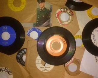 Rockabilly, Blues, Promo 45's, Labels Sun, Chess, OJ, Argo, KRC, Rebel, Fire Records .......