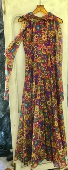 Fabulous Vintage  Chiffon Full Length Dress with Attached Chiffon Scarf