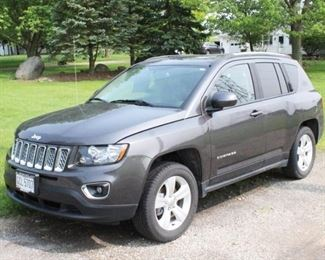 Lot 001  2015 Jeep Compass
