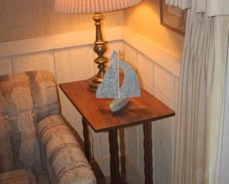 SIDE TABLE BRASS LAMP