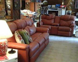 Leather Lazy Boy reclining sofa and love seat, Vintage end tables and Lamps