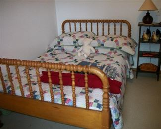 3/4 Size Bed, Lamp, Wooden Stand