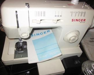 Singer Merritt Portable Sewing Machine