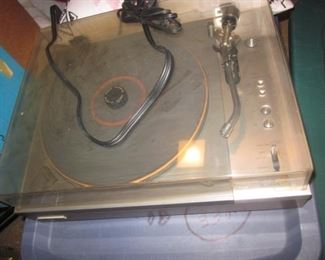 Turntables/electronics
