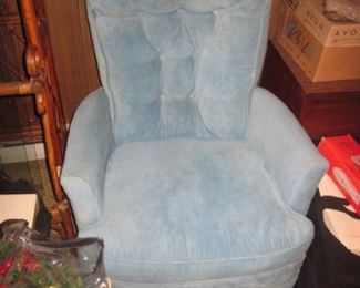 Swivel Parlor Chair