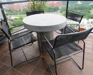 CB2 Fuze Outdoor Round Table