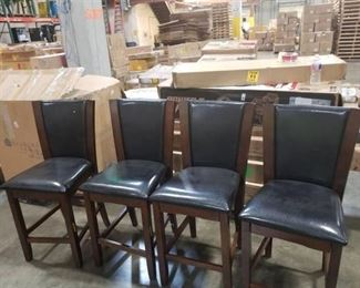 4 Highchairs/Barstools