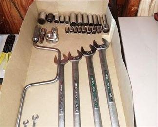 Garage:  Craftsman Tools