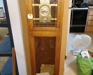 Living Room: Rare Warren Telechron Master Clock Type A