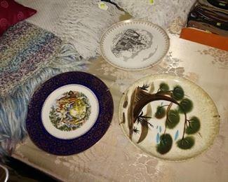 2nd Bedroom Center: Plates